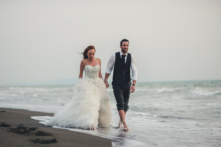 trash the dress sea Wedding photography tuscany florence 1048