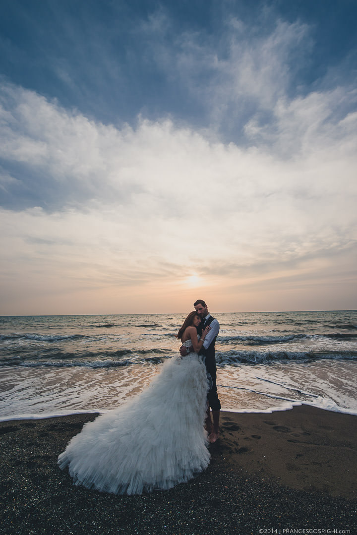 trash the dress sea Wedding photography tuscany florence 1054