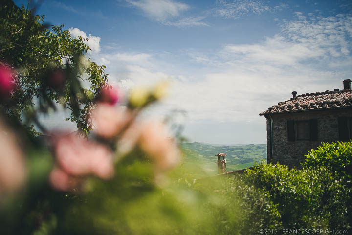 bohemian wedding photography tuscany italy 1040