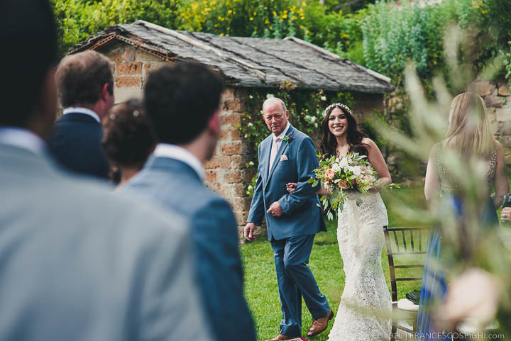 bohemian wedding photography tuscany italy 1070