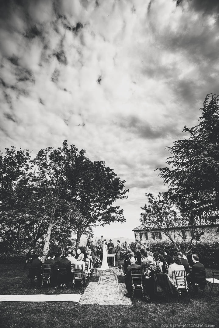 bohemian wedding photography tuscany italy 1074