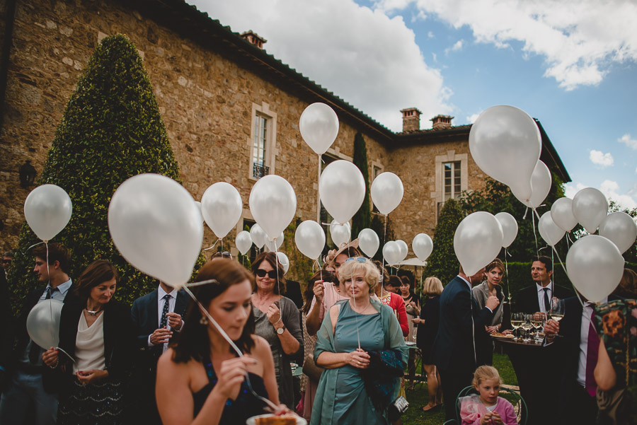 exclusive wedding photography tuscany borgo santo pietro 1112