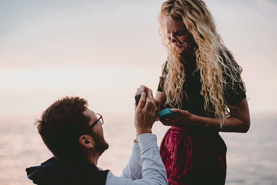wedding proposal photographer cinque terre italy 1028