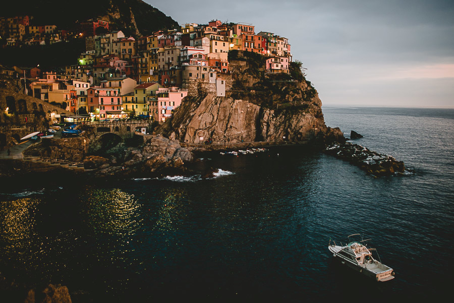 wedding proposal photographer cinque terre italy 1044