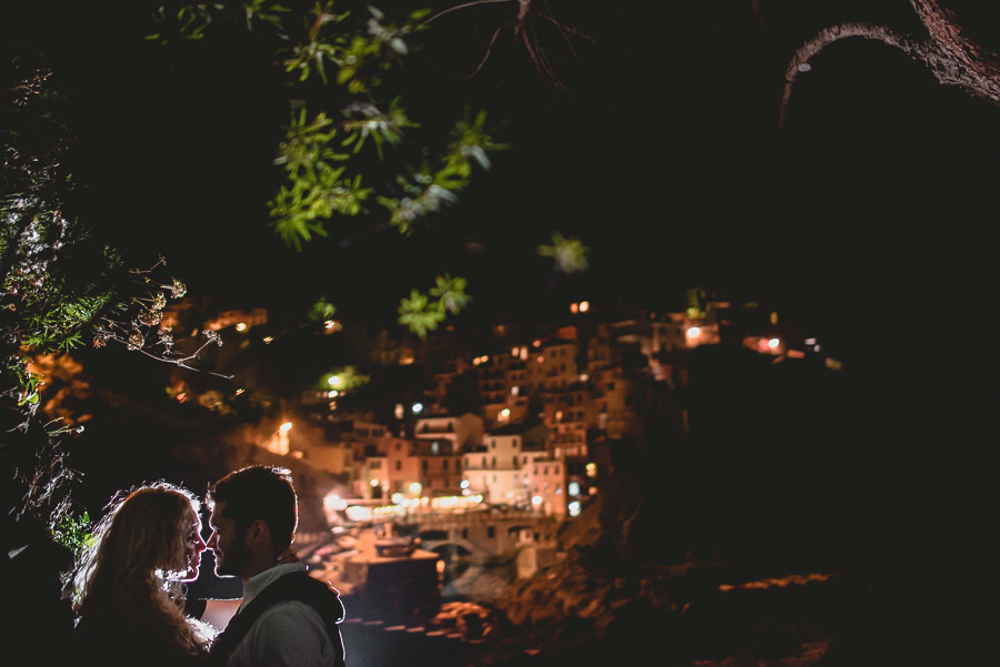 wedding proposal photographer cinque terre italy 1047