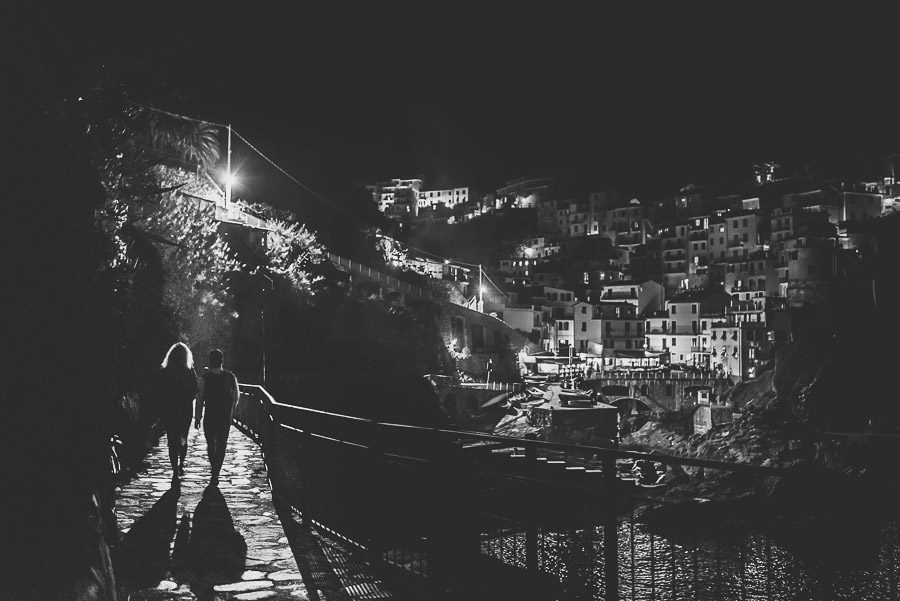 wedding proposal photographer cinque terre italy 1048