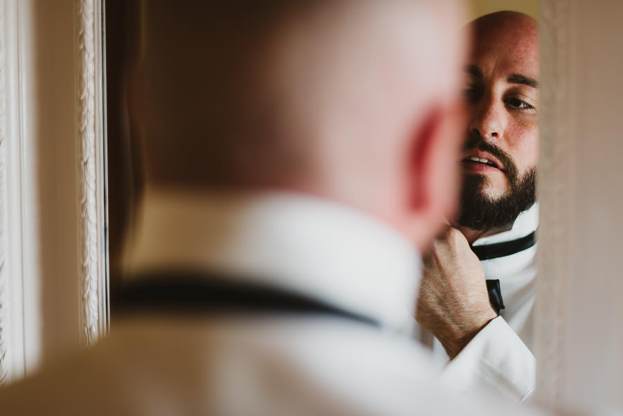 Romantic Italian elopement in Tuscany Photo / Getting Ready