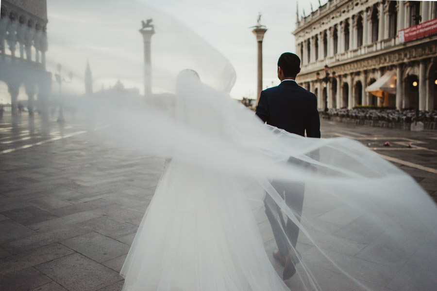 Venice Wedding Photographer | Pre Wedding Romantic Art Photos