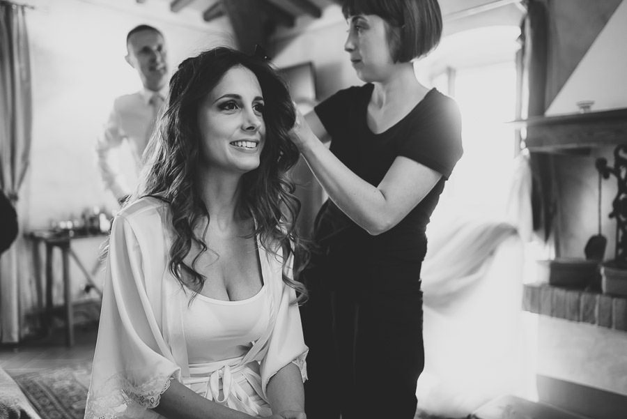 italian style outdoor wedding ceremony, Bride getting ready