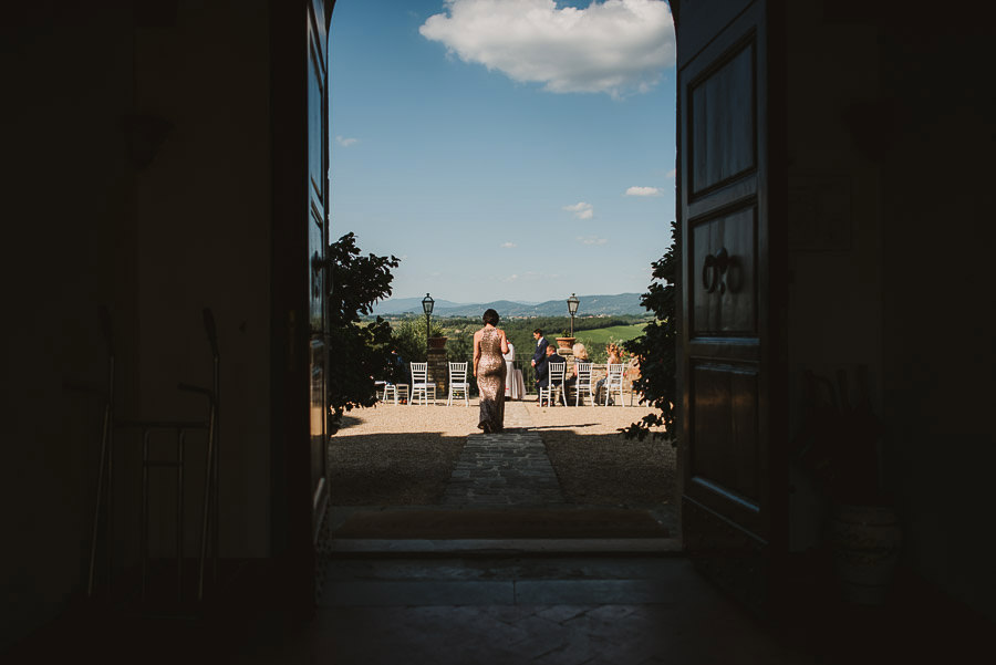 Intimate Wedding Ceremony at Castello di Gabbiano, Tuscany