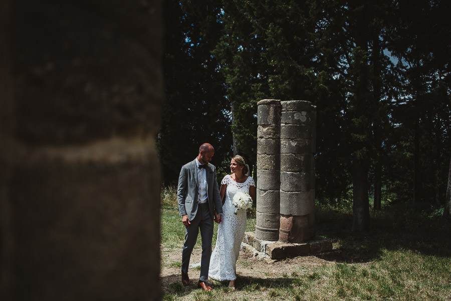 relaxed countryside wedding tuscany one lens photography 1053