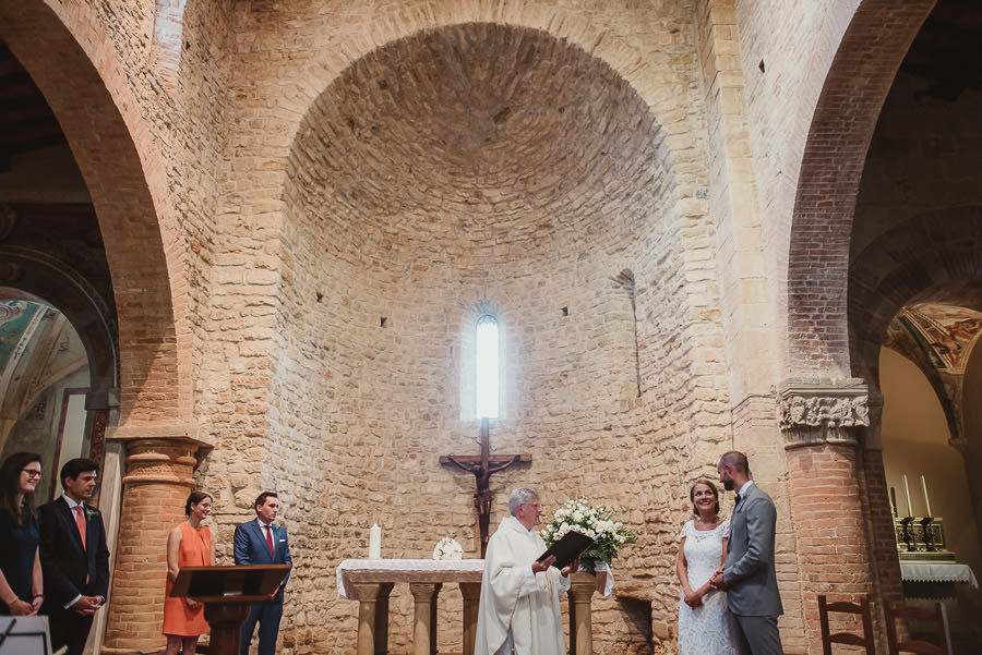 relaxed countryside wedding tuscany one lens photography 1063