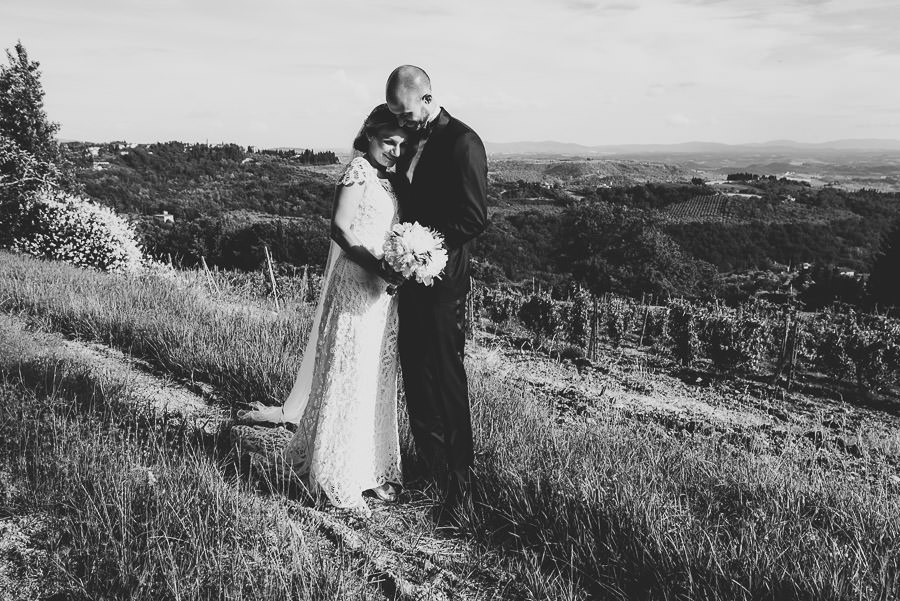 relaxed countryside wedding tuscany one lens photography 1118