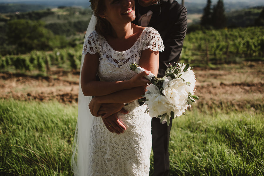 relaxed countryside wedding tuscany one lens photography 1122