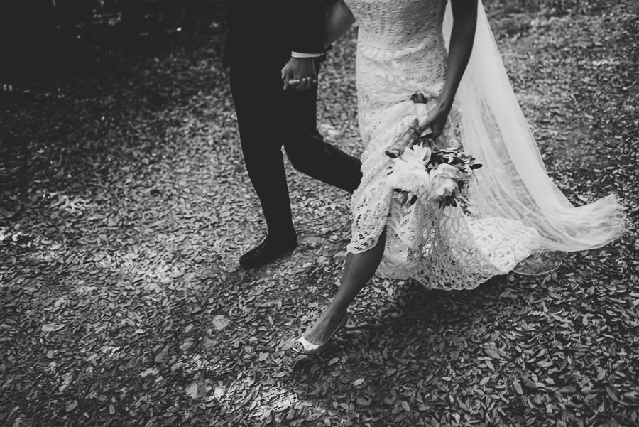relaxed countryside wedding tuscany one lens photography 1131