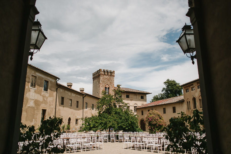 relaxed countryside wedding tuscany one lens photography 1137