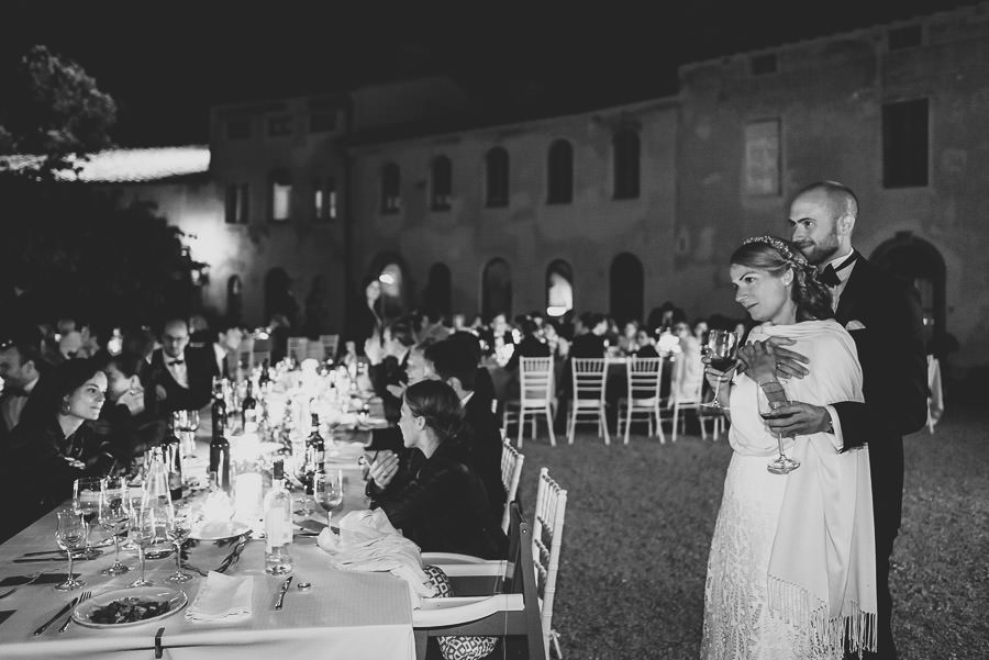 relaxed countryside wedding tuscany one lens photography 1173