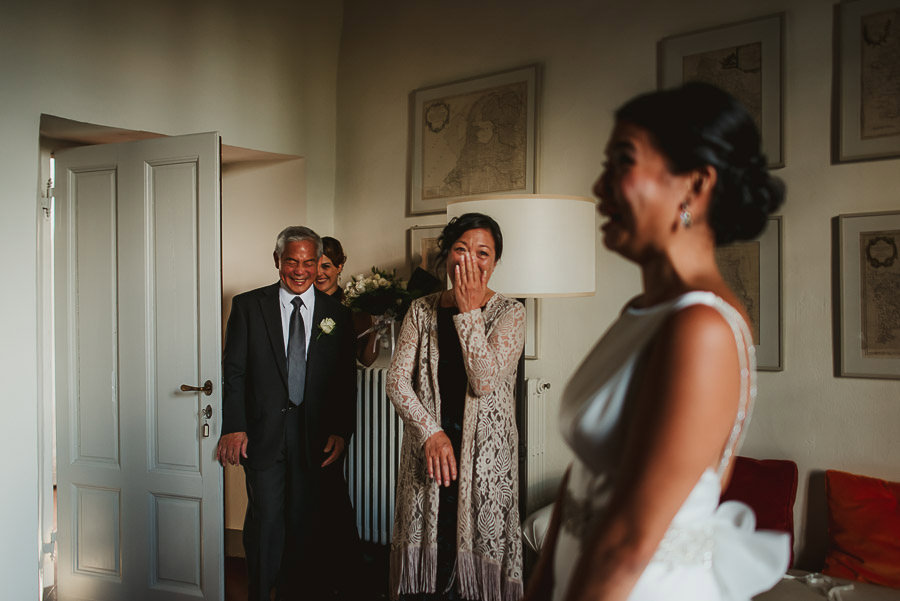destination wedding in italy first look photography
