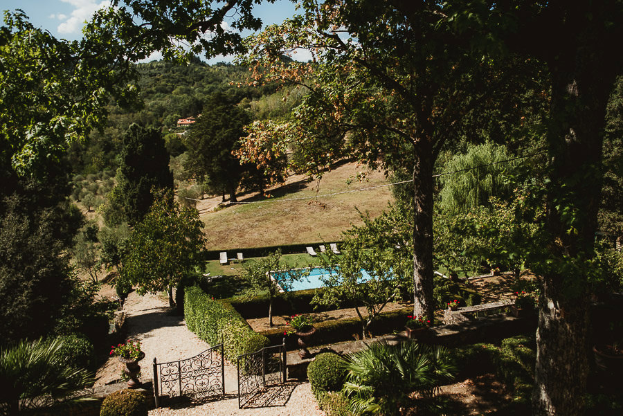tuscany intimate wedding