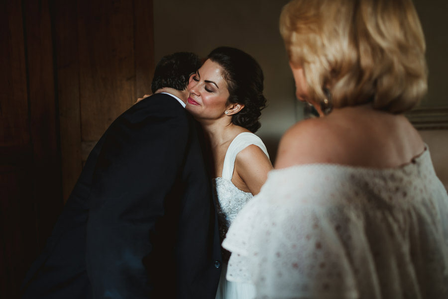 tuscany intimate wedding detail bride daddy first look