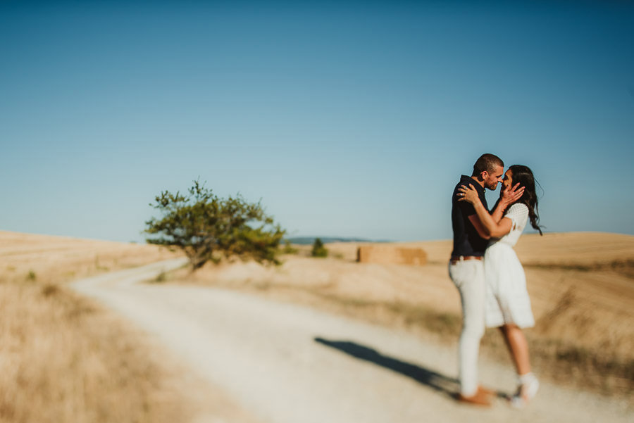 Wedding proposal inspiration proposing in italy creative portrai