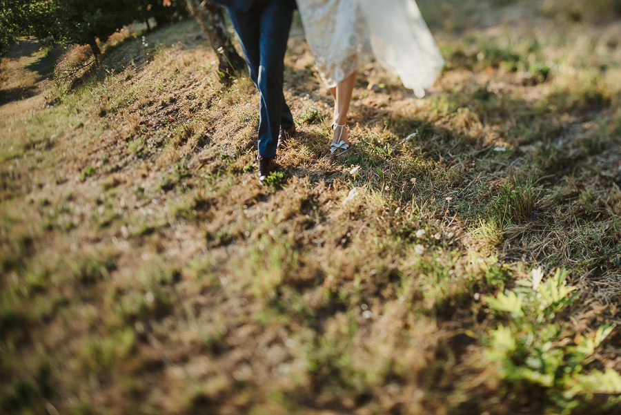 get married in Italy tuscany bride groom intimate portrait