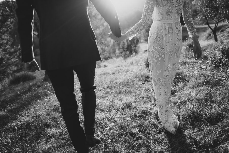 get married in Italy timeless countryside bride groom intimate p