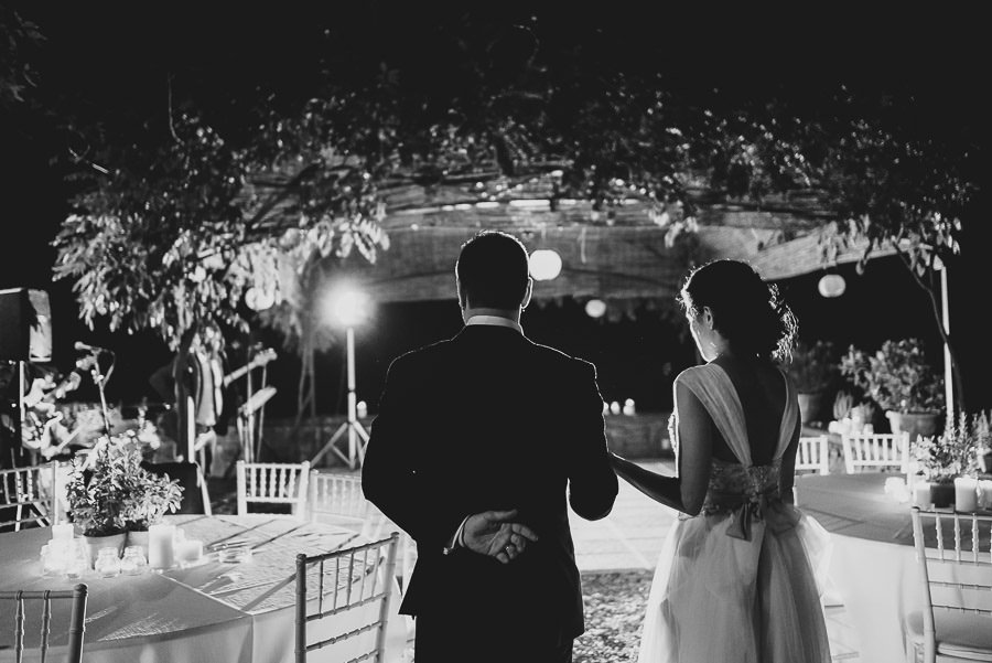 tuscany intimate wedding outdoor first dance
