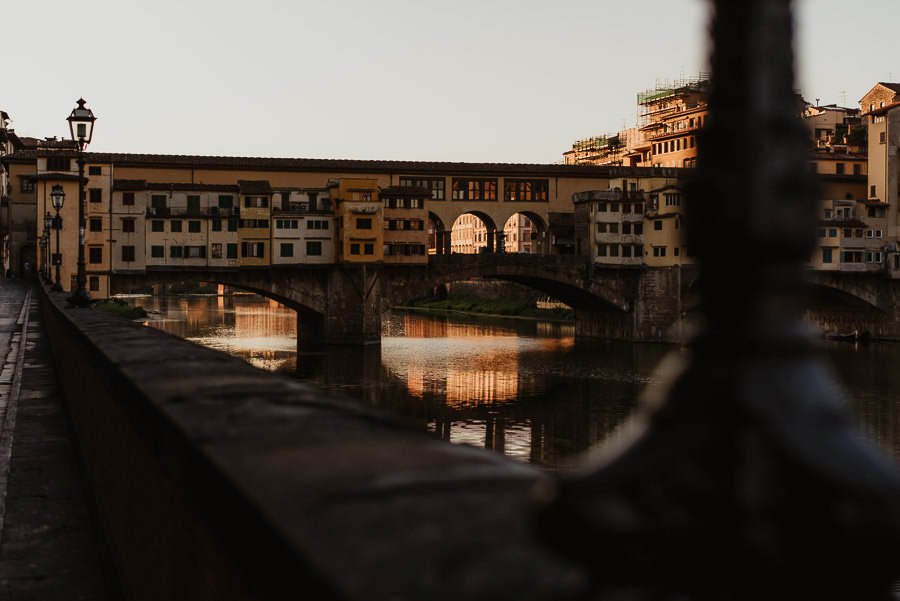 engagement photography in Florence landscape