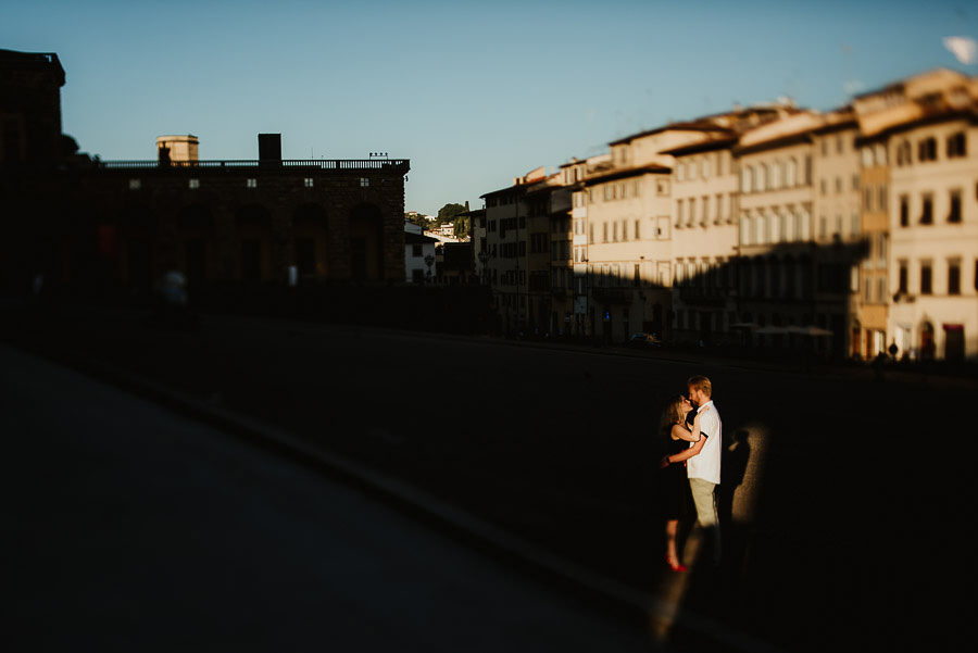 engagement photography in FLorence couple portrait in light spot