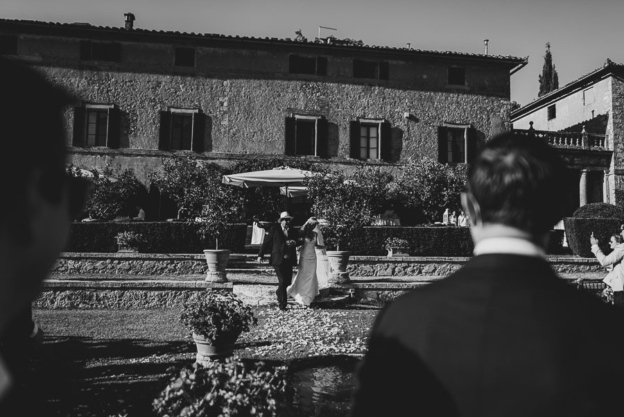 Borgo Sotmennano Wedding Photographer brides entering ceremony w
