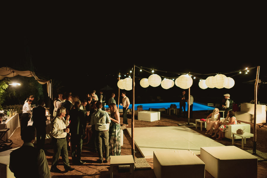 Borgo Sotmennano Wedding Photographer open bar best mojito photo