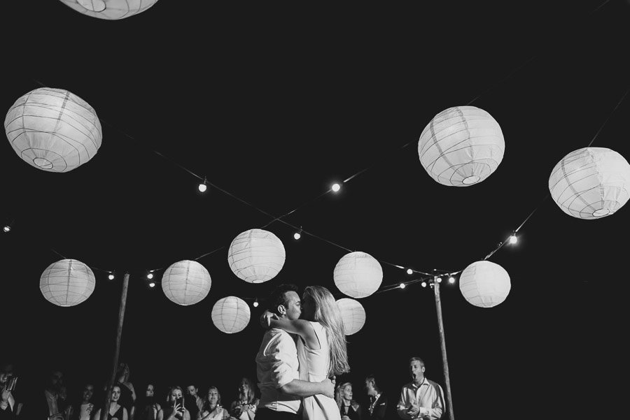 Borgo Sotmennano Wedding Photographer first dance bride groom