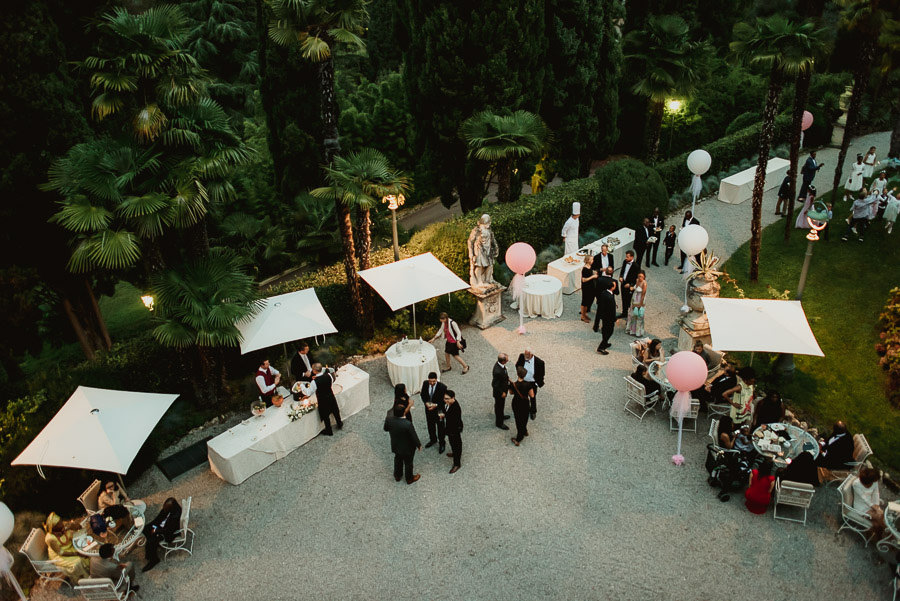 Sirmione Wedding photographer villa cortine aperitif dinner