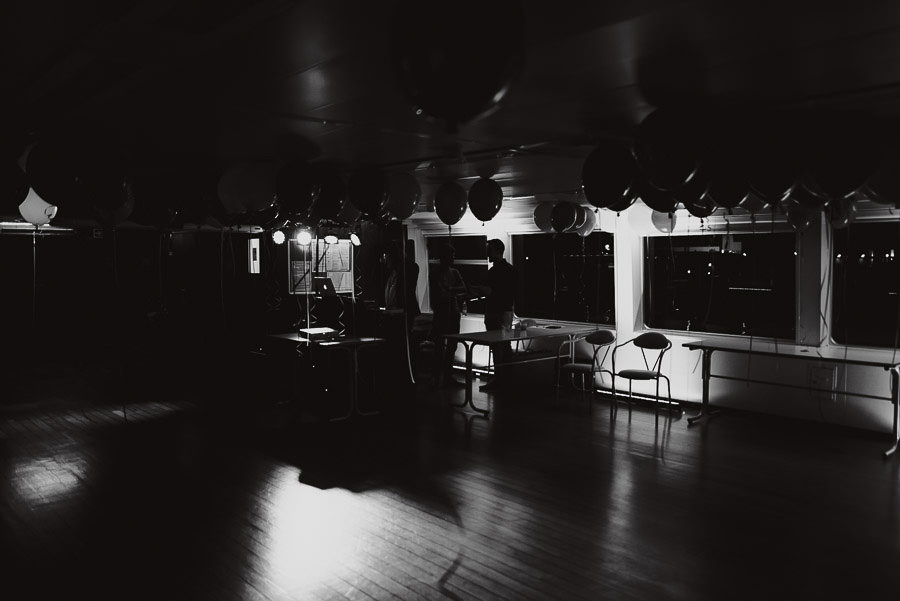 Sirmione Wedding photographer exclusive dance party boat lake