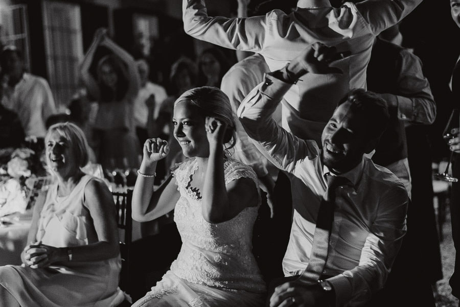 Villa Petrolo wedding in Tuscany fun with guests smiles