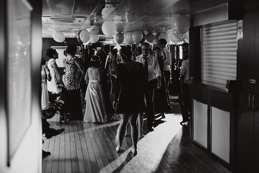 Sirmione Wedding photographer boat dance floor
