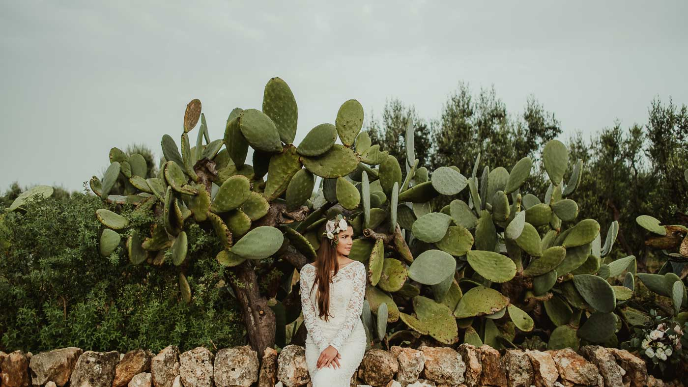Puglia wedding photographer - masseria outdoor wedding