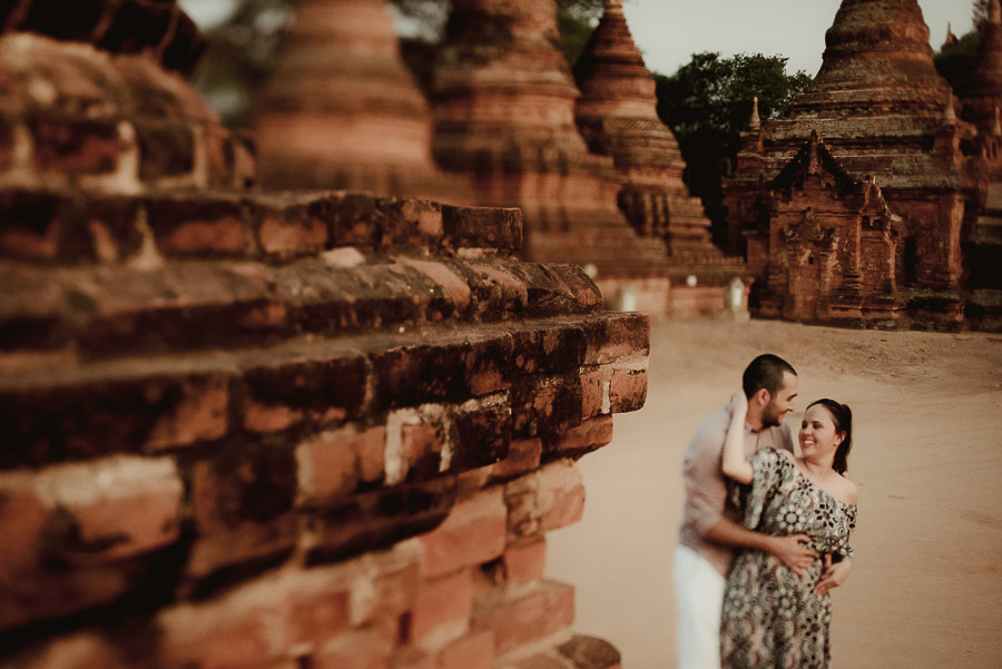 Myanmar engagement photography Bagan intimate couple portrait su