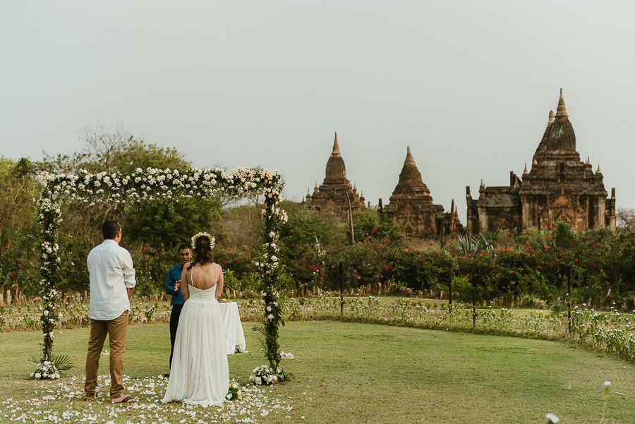 Myanmar elopement photographer Bagan Burma romantic outdoor wedd