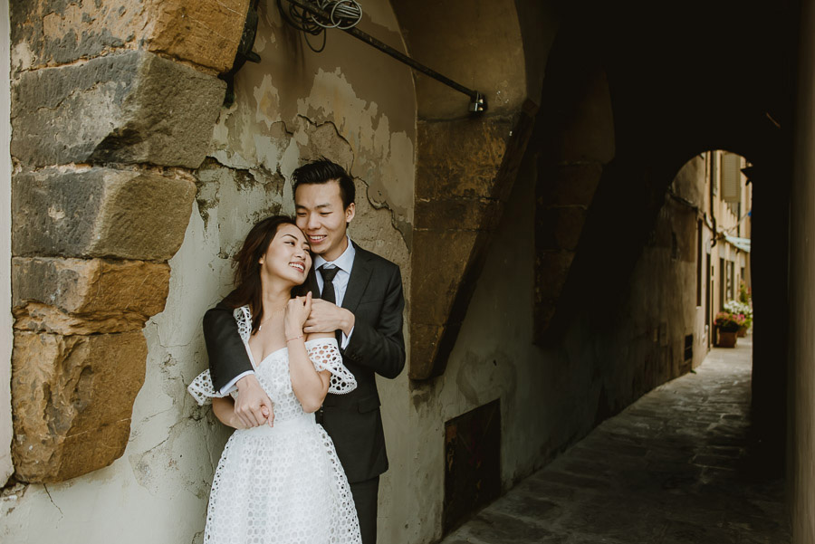 Pre Wedding Photography Italy Tuscany lifestyle couple portrait