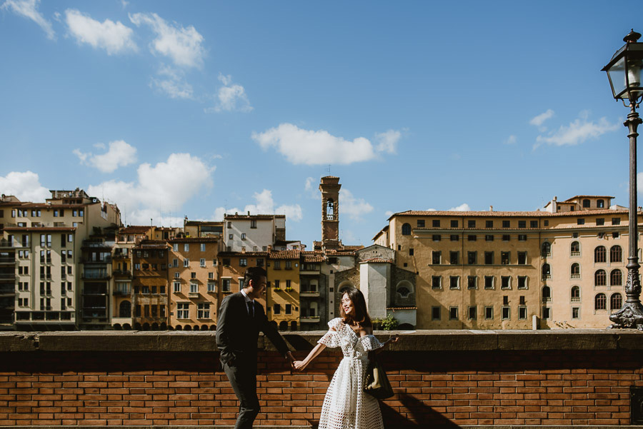 Pre Wedding Photography Italy Tuscany walking city lifestyle pho