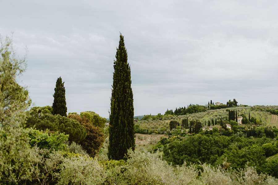 pre wedding italy tuscan landscape