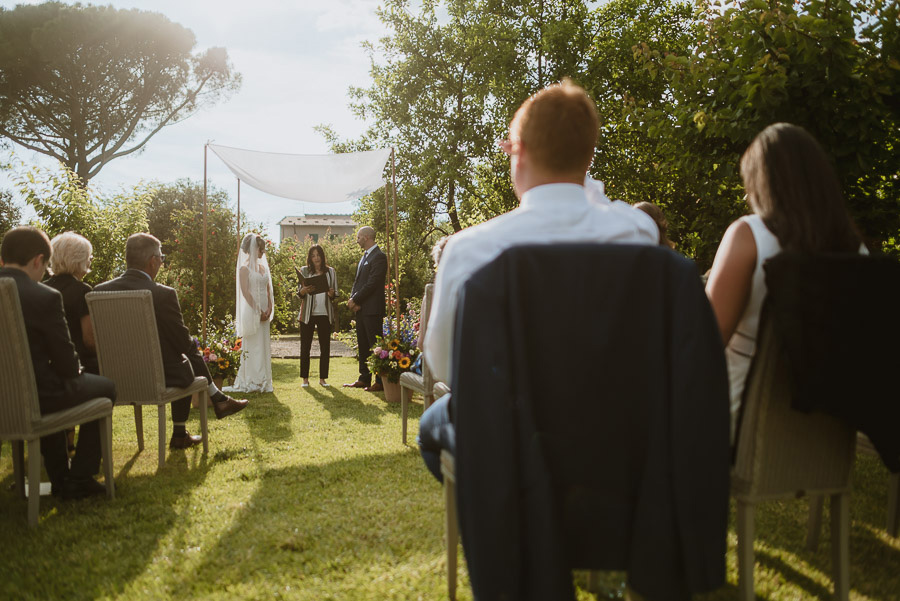 intimate wedding in Tuscan Villa outdoor relaxed ceremony