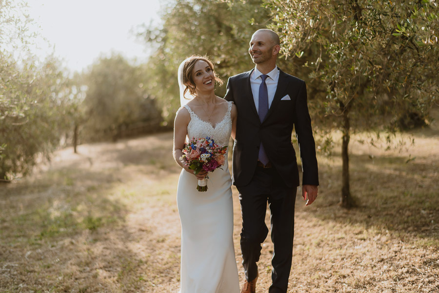 relaxed wedding in Tuscan Villa bride groom intimate portrait
