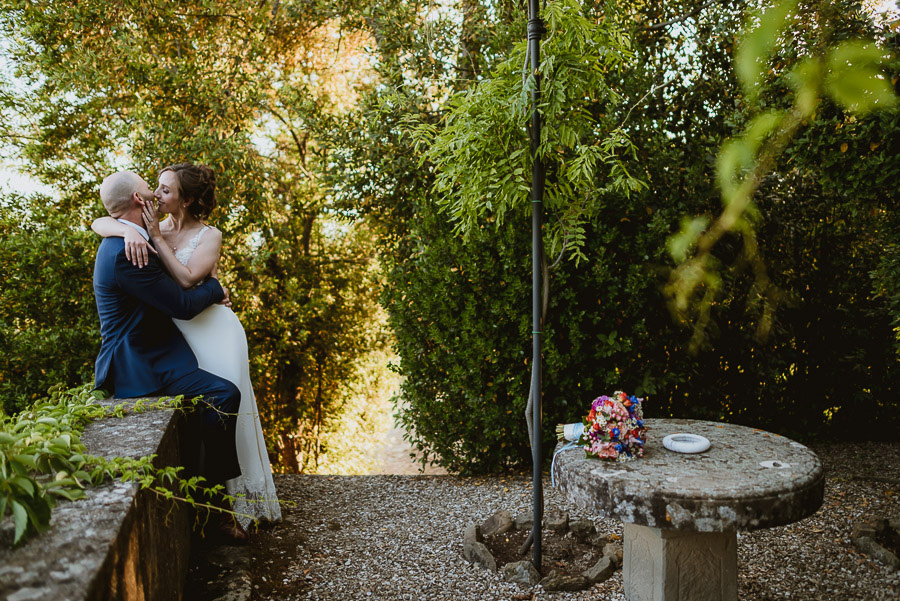 relaxed wedding in Tuscany bride groom candid portrait