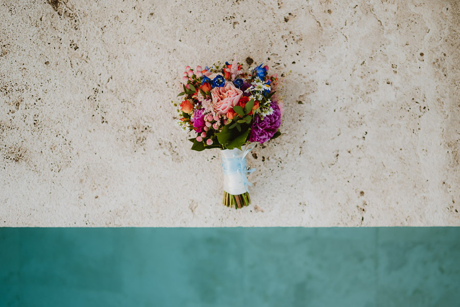 intimate wedding in Tuscan Villa wedding bouquet