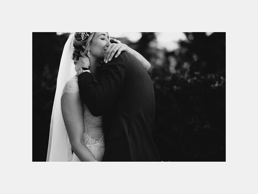 luxury wedding photographer umbria italy intimate couple portrai