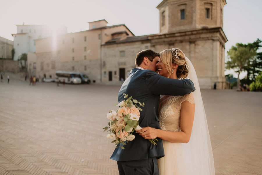 luxury wedding photographer umbria italy funny portrait session