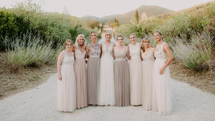 luxury wedding photographer umbria italy bridal party